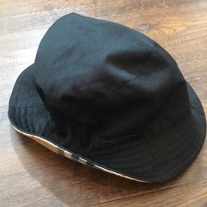Reversible Burberry Bucket Hat